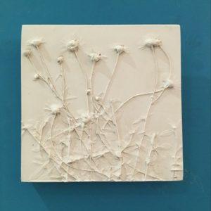 erigeron floral plaster tile